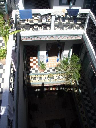 Hotel Essaouira: View of the hotel from the roof