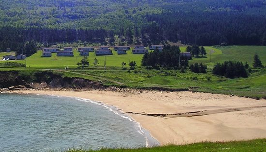‪Whale Cove Summer Village‬