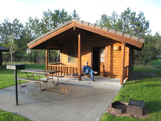 Rafter J Bar Ranch Campground: Comfort cabin