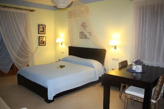 Margaritari Hotel: honeymoon suite 1