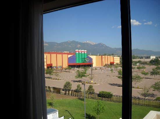 Hampton Inn & Suites Colorado Springs/I-25 South: View from our room.