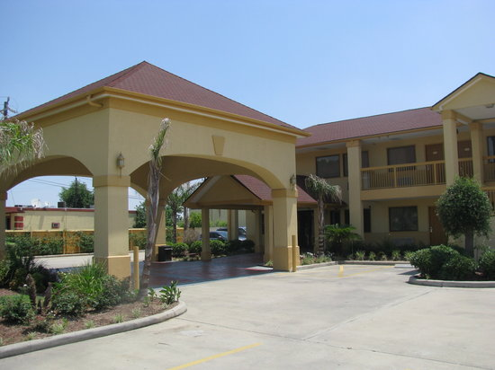 Photo of Howard Johnson Inn & Suites Hobby Airport Houston