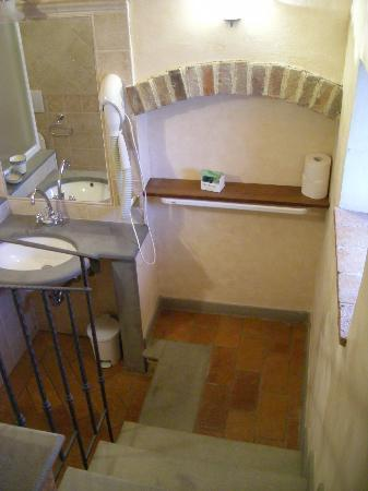 Villa Le Torri: Entrance to our bathroom - shower and toilet out of view to the left