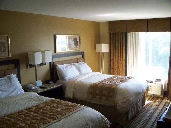 Fitzgerald's Casino and Hotel: Deluxe Suite