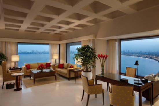 The Oberoi, Mumbai: Kohinoor Suite Living Room