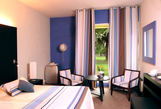 Saint Cyprien Golf Resort Hotel Le Mas d'Huston: Chambre