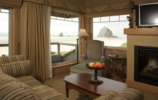 Stephanie Inn: Oceanfront Guest Room