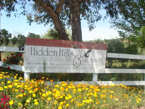 Hidden Hills Bed & Breakfast: Welcome!