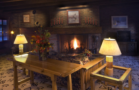 Dude Rancher Lodge: Gather in our Fireside Room