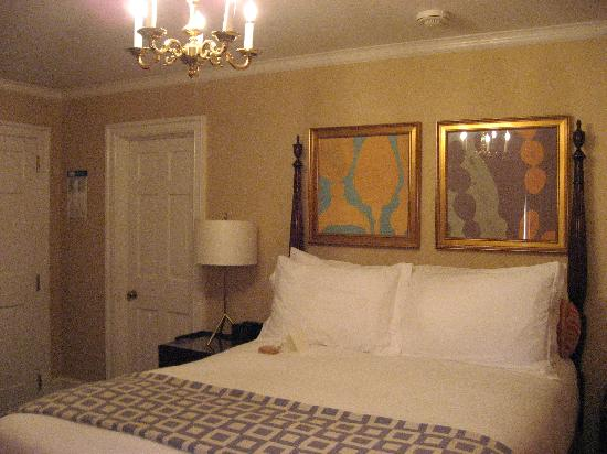Morrison House, a Kimpton Hotel: Queen Room
