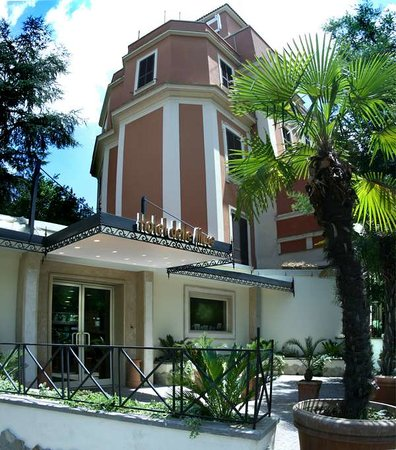 Hotel delle Muse : The building 