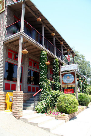 Springville Inn Bed and Breakfast