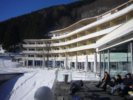 Hotel therme vals picture of vals canton of graubunden for Design hotel vals