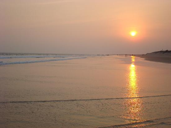 Puri, Indien: Sunset at Balighai near Konark