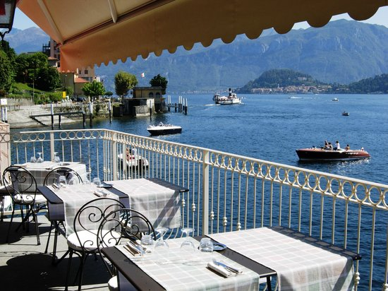 Hotel La Darsena: Terrazza Ristorante di giorno - La Darsena Tremezzo
