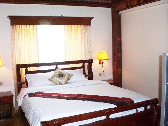 Angkor Pearl Hotel: This is a snapshot of the King Suite we stayed.