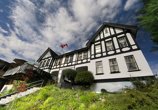 Photo of The Old Courthouse Inn Powell River