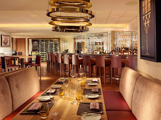 Bar Boulud: Bar and Front Dining Room