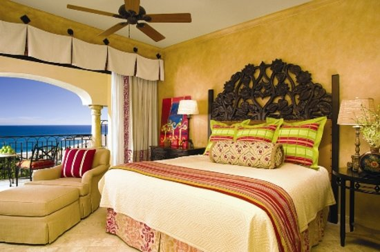 Hilton Los Cabos Beach &amp; Golf Resort: Deluxe King Room