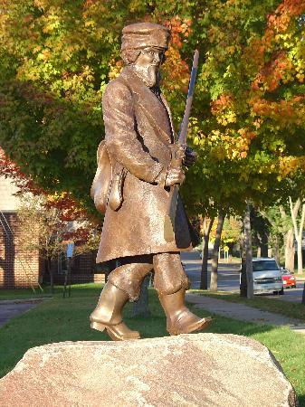 James Whitford statue in Fergus Falls, MN