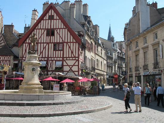 , : Main Square in Dijon