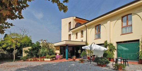 Hotel Carignano