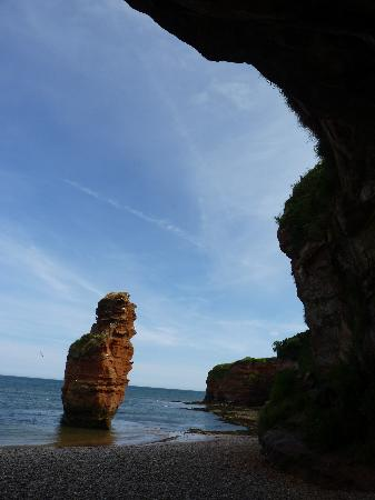 Budleigh Salterton, UK: The bay from inside a cave