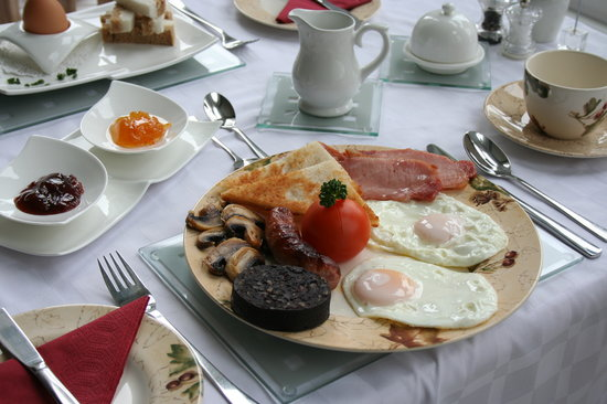 Seven Oaks Guest House: A Full Cumbrian Breakfast