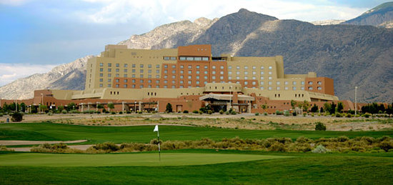 Sandia Casino &amp; Resort: Sandia Resort &amp; Casino with views of Sandia Mountains and Sandia Golf Club