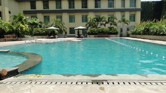 Good Swimming Pool Picture Of New World Manila Bay Hotel Manila Tripadvisor