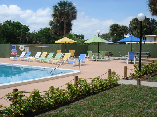 Photo of Tropical Inn Resort Palm Bay