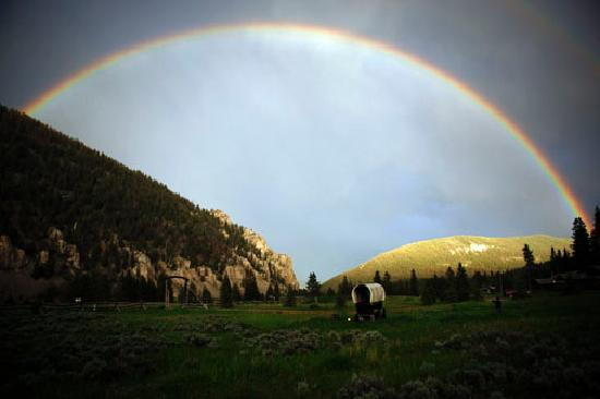 Covered Wagon Ranch: Rainbow