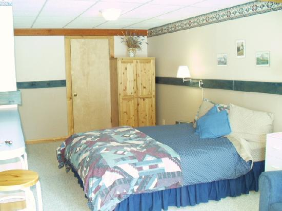 Columbine House: bedroom area
