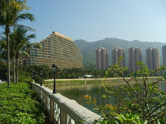 Click for the Gold Coast Hotel Hong Kong!