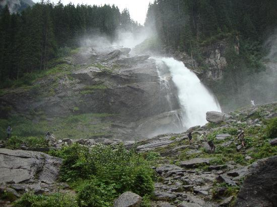 Hotel Fischerwirt: view of Krimmel waterfalls