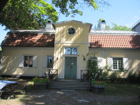 Arsta Holmar Guesthouse