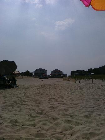 Point Pleasant Beach, NJ: from the beach looking at motel