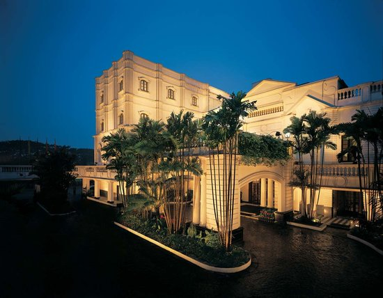 The oberoi grand kolkata west bengal hotel reviews for Salon decor international kolkata west bengal