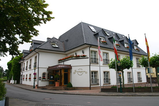 Dormagen hotels