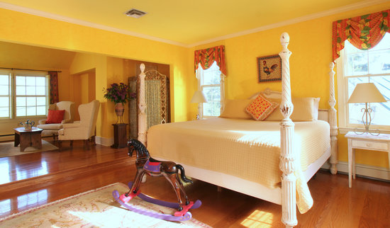 L'Auberge Provencale Bed and Breakfast: Suite 14
