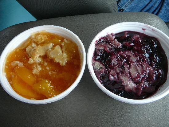 Townsend, TN: Peach &amp; Blackberry Cobblers from Little River BBQ