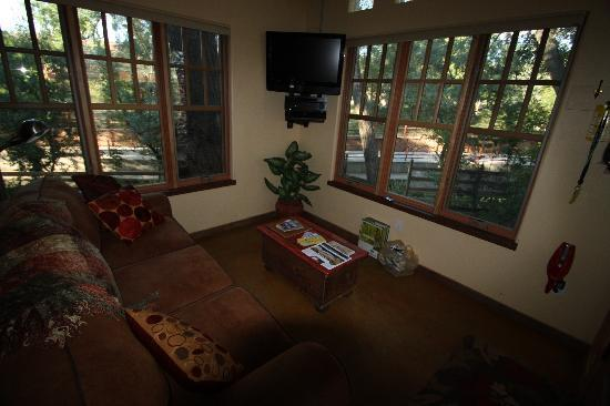 Creekside at Moab: Living room 3