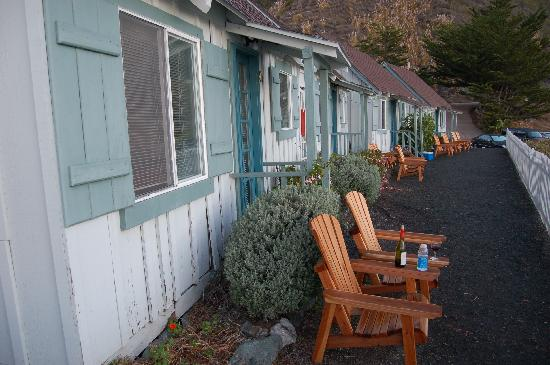 Lucia Lodge: Row of cabins 7-10.  It's never too early for wine...