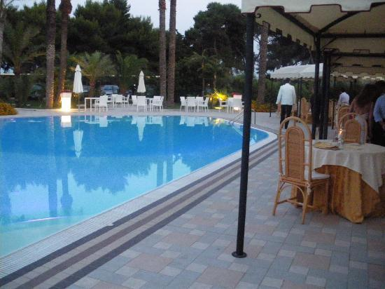 301 moved permanently - Piscina due pini ...