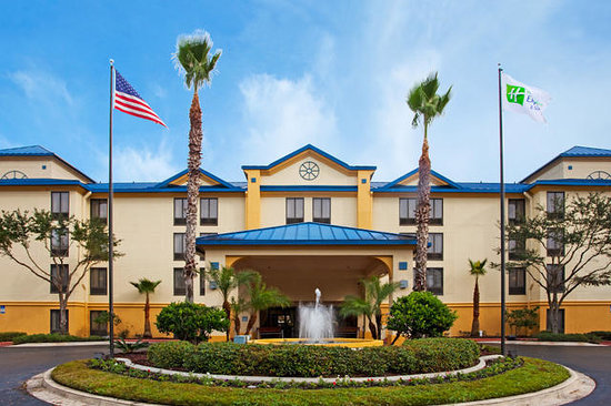 Holiday Inn Express Hotel &amp; Suites Jacksonville South: Front Entrance
