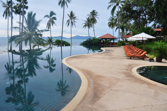 Mae Nam, Thailand: the infinity pool, very warm, very clean