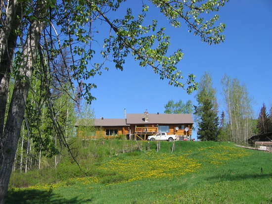 MamaYeh RV Park &amp; Campground: MamaYeh B&amp;B Log Home