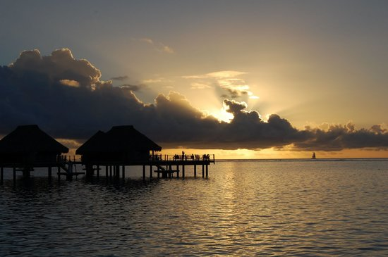 Papetoai, French Polynesia: Sunset