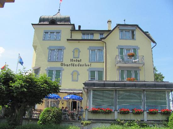 Hotel Oberlanderhof: The hotel from outside