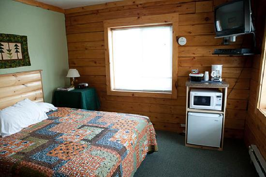 Homer Floatplane Lodge: Cabin Room